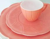 vintage hazel atlas pink platonite newport hairpin dinnerware (3 pieces)