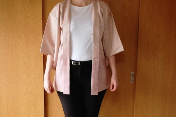 Haori Vest In Pastel Pink With Fine Integrated Shimmery Wave Pattern