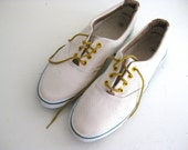 Vintage Lace Up Oxford Tennis Shoes, Womens 10