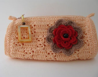 Lady Anne Pouch in Soft Peach with 2 Pins