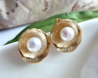 Lotus Petal Oyster Shell Stud with White Fresh Water Pearl Yellow Gold Earrings