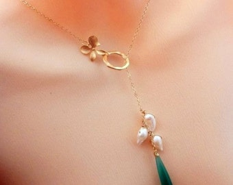 EMERALD BLOSSOM - Green Onyx , Fresh Water Pearl, Orchid Lariat Necklace in 14k Gold Filled Chain