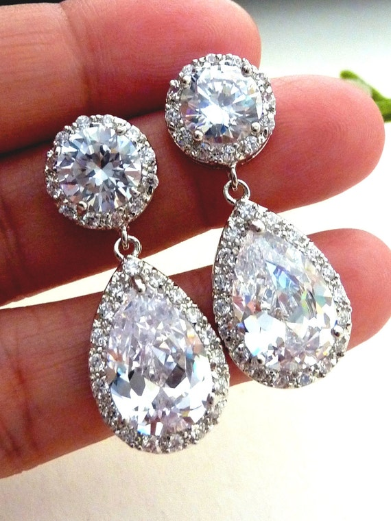 Bridal Earrings Kim Kardashian Inspired High Quality White Clear Pear Shaped CZ Cubic Zirconia Round Post Earrings