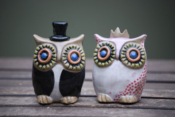 ceramic owl wedding cake toppers items similar to custom owl wedding cake toppers handmade 12489