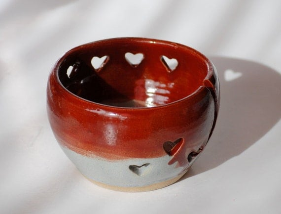 Valentine day yarn bowl hand made knitting dish in garnet and gray with hearts