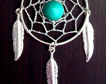 Dream catcher necklace in silver with Turquoise and three silver feathers