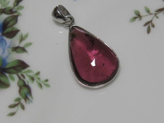 New Arrival - Beautiful Silver Pink TOURMALINE Smooth  Shape Pendant - 8.16 Carats
