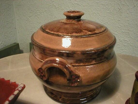 Bean Pot / Blossom Handle
