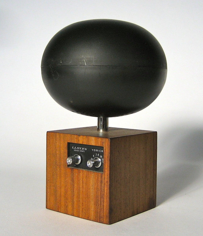 Lloyd's Mid Century modern radio AM only by ILiveModern on ...