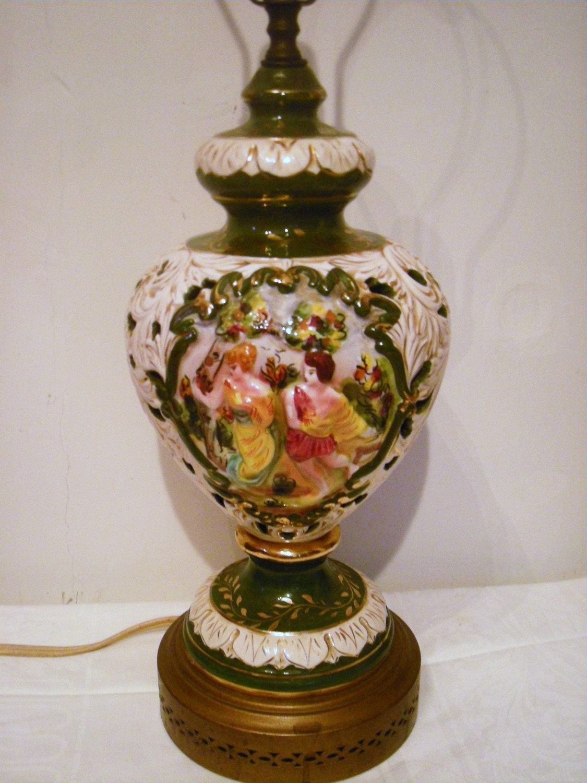 Beautiful Vintage Italian Capodimonte Lamp With Genre