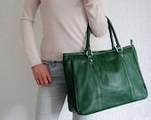 Leather tote bag green-- handmade Leather bag/ Messenger/ Diaper bag/ Shoulder bag/ Tote/ Handbag/ Hip bag/ Women