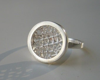 Round hand-woven Mesh Ring - Sterling silver - Handmade by metalmorphoz- Ready to ship in Size 6.75