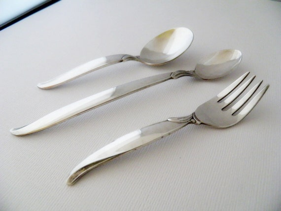 Vintage 1956 Baby Spoon Toddler Set FLAIR