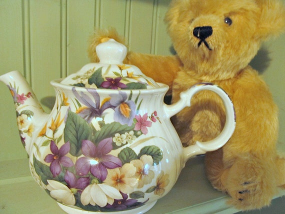 Floral Teapot-Spring Garden Teapot-Porcelain Teapot