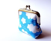 Cloud small coin purse sky blue and white weather