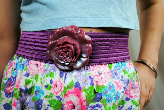 Super Fun 80s Flower Cinch Belt