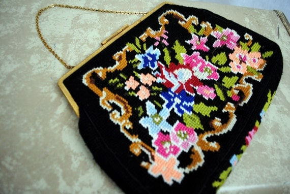 Sweet Little Vintage Needlepoint Purse