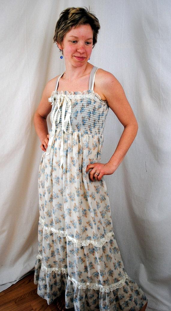 Vintage 1970s Hippie Floral Summer Maxi Dress