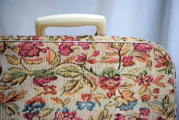Cutest Mini Tapestry Carpet Bag Suitcase