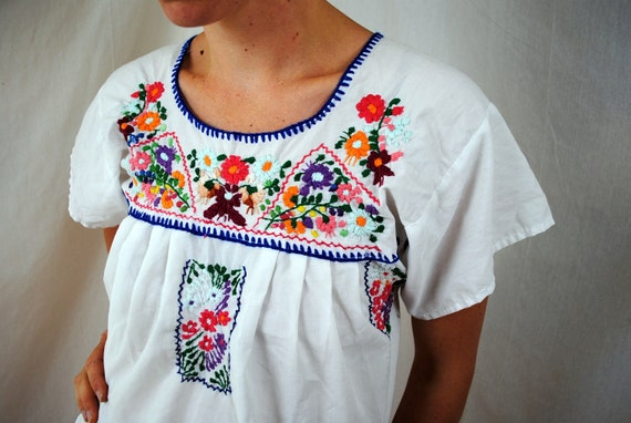 Vintage 70s Embroidered Oaxaca Mexican Dress