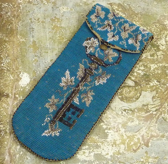 Victorian Beaded Leather Eye Glasses Spectacles Case Robbins Egg Blue Skeleton Key and Leaves