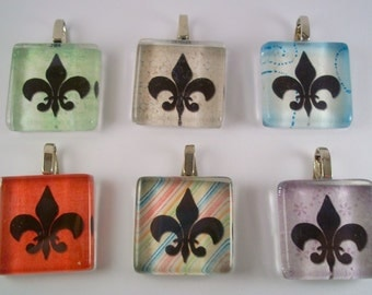 FREE CHAIN Bright Fleur de Lis. This listing is for ONE pendant