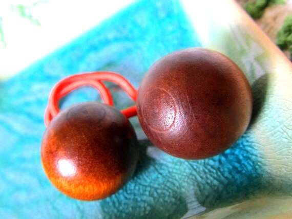 Pair of 70s Groovy Round Wooden Button Ponytail Pigtail Holders Hair Ties (FREE Shipping)