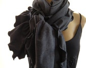 Organic Bamboo..Heathered Charcoal...Winter weight...Neck Rag ..with matching Trimming....Globetrotter..