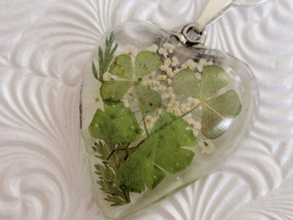 Lucky in Love-4 Leaf Clover Pressed Flower Resin Heart Pendant with Queen Anne's Lace and Maidenhair Ferns