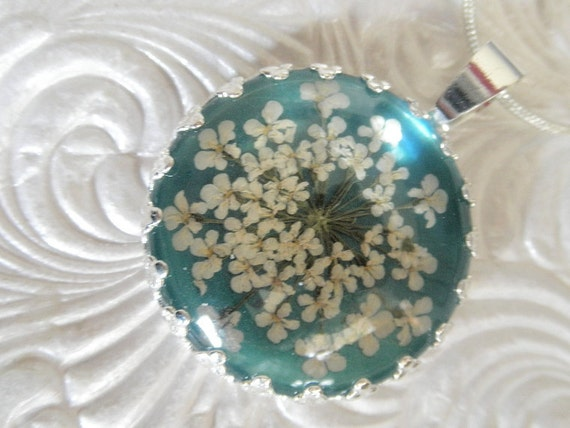 Real Flower Jewelry-Lacy Queen Anne's Lace Beneath Glass Pendant-Ocean SeaFoam Blue-Green Background Pressed Flower Pendant-Symbolizes Peace
