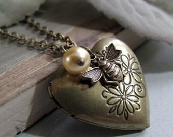 Gold Antique Heart Locket, Bumblebee Charm Necklace Locket, Vintage Girls Locket, Yellow Pearl - HONEY BEE