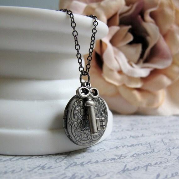 Skeleton Key Locket, Antique Silver Locket Necklace, Small Round Floral Locket, Steampunk, 18 Inch Chain - THE KEY