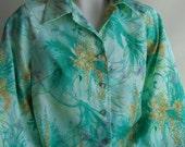 vintage - 1970s- soft green shirt