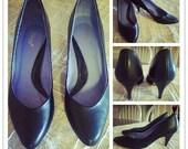 ON SALE Vintage 1980's Flings Womens Black Heels Sz 7