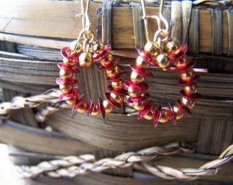 2 Pairs Christmas Red Vintage Sequin and Gold Dangle Earrings