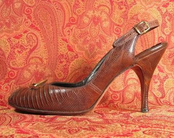reserved Vintage 30s 40s La Patti Exclusive Opera Last custom made genuine alligator lizard peep toe high heel shoes