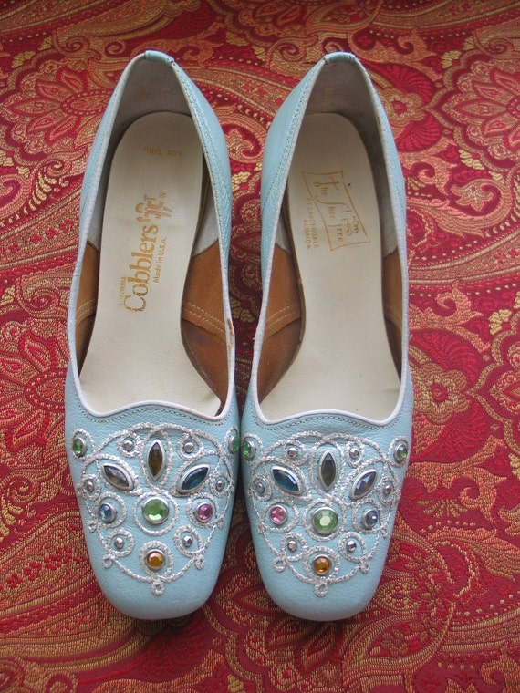 Blue & Bejeweled vintage 50's 60's leather pumps shoes heels rhinestones