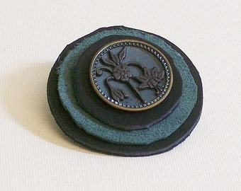 Brooch Vintage Button and Leather