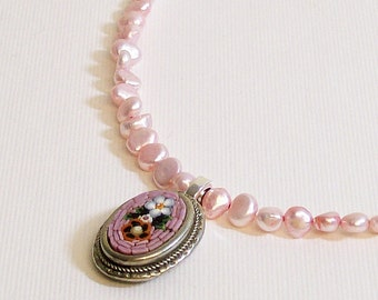 Necklace Vintage Mosaic and Pearls Pink
