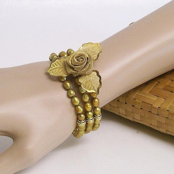 Bracelet Golden Pearls and Vintage