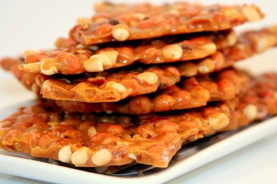 bacon peanut brittle - 1 pound \/\/ bon bon brittle