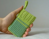 Green crochet knit sleeve for iPhone / iPod Touch / Galaxys etc - Sleevy Mini