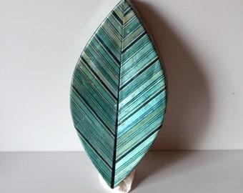 Antique green leaf box