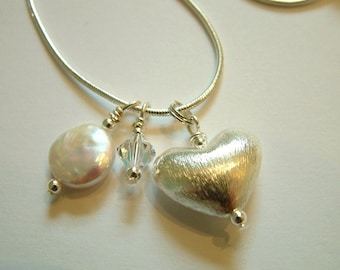 Sterling silver puffed heart and freshwater pearls charm necklace