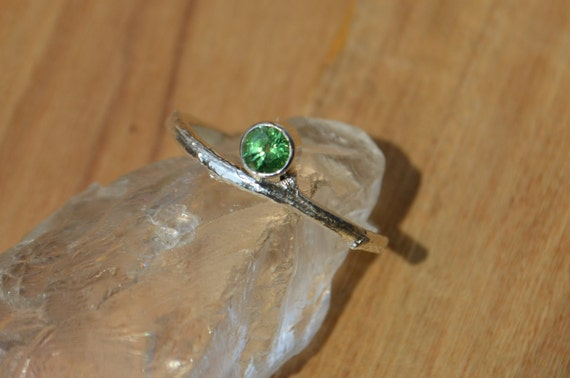 Recycled Sterling Twig Ring with Tsavorite Garnet