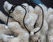 leather and freshwater pearl necklace - simple and elegant