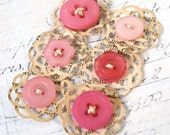 Mini Doily Button embellishments in Pink
