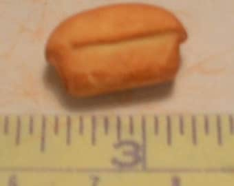 1/12 scale loaf of bread