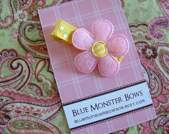 ONE DOLLAR CLIP Pink Flower with Yellow Gingham Center Hair Clip No Slip