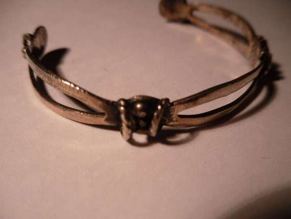Old Taxco Mexican Sterling Silver Child's Bracelet. Unusual.